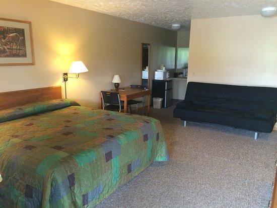 Girard, Pensilvania: Room 101