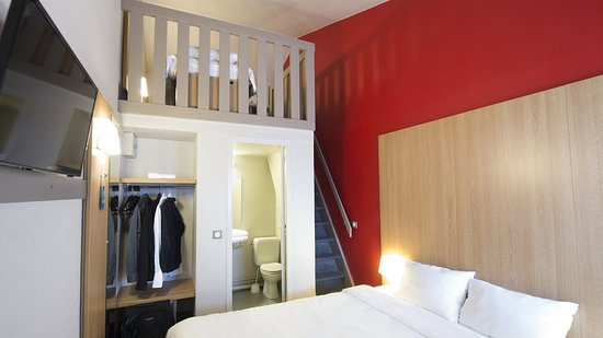 b b hotel poitiers 2 chasseneuil du poitou france voir les tarifs et 96 avis. Black Bedroom Furniture Sets. Home Design Ideas