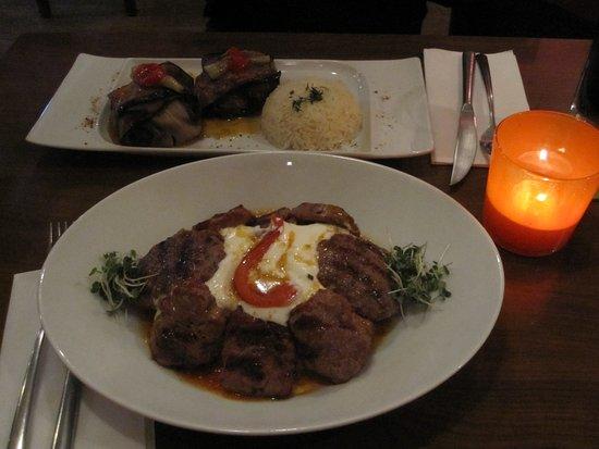 Iznik : portions were decent