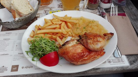 'T Kelderke: pollo, patatine e purea di mele