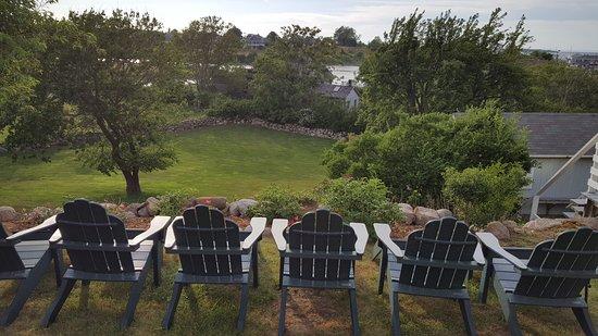 The Barrington Inn: Sit and Relax