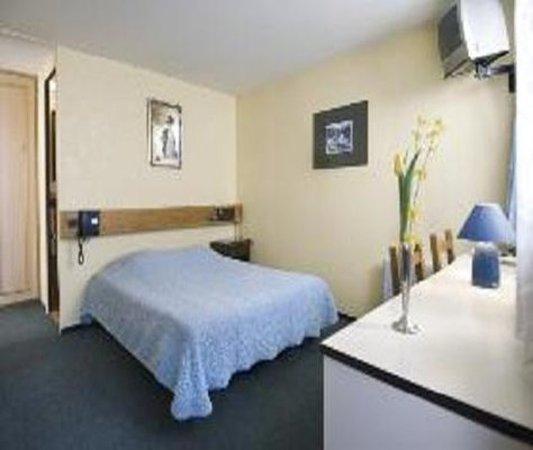 Au Relais d'Alsace: Single Room