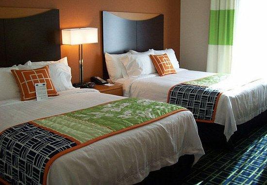 Strasburg, VA: Queen/Queen Guest Room