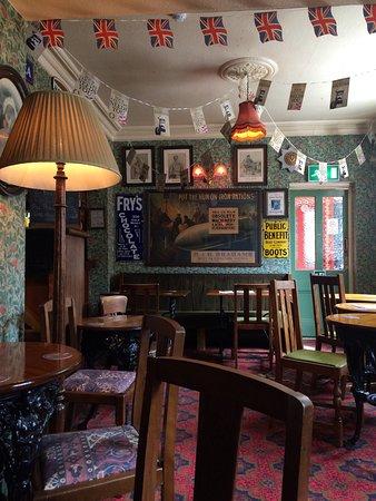 The Albion Inn: photo1.jpg
