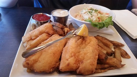 Simsbury, CT: We got 3 burgers and one fish & chips. We will be back. Amazing Burgers and Fish! TY Amy service