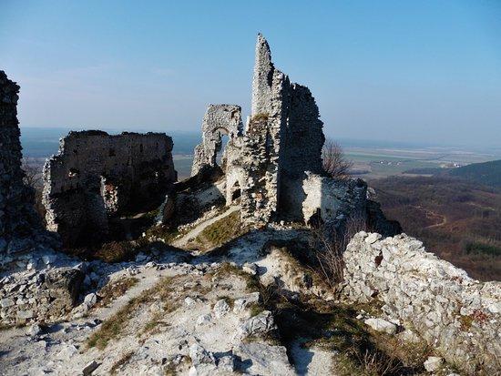 Plavecky hrad a podhradie