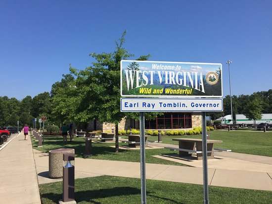‪I-77 West Virginia Welcome Center‬