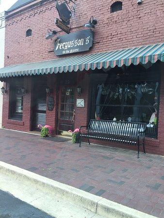 Hoschton, Τζόρτζια: Ferguson's