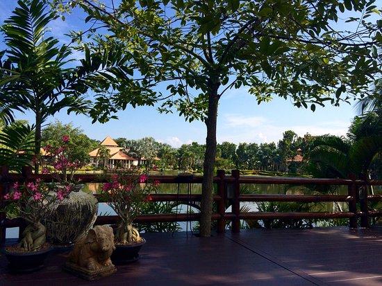Horizon Village & Resort: photo1.jpg