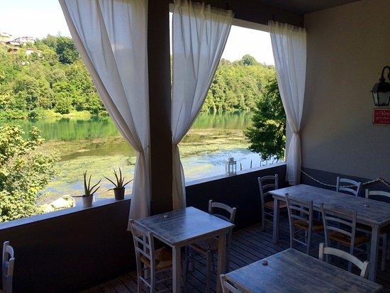 la terrazza sul fiume - Foto di Al Molo 13, Trezzo sull\'Adda ...
