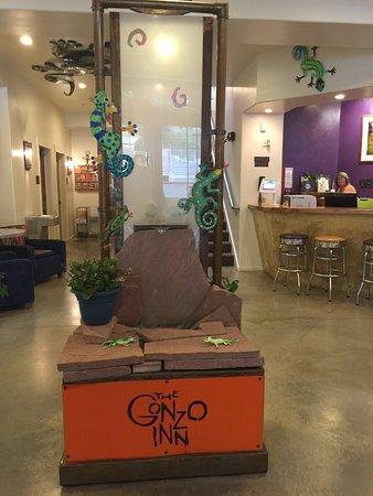 The Gonzo Inn: photo0.jpg