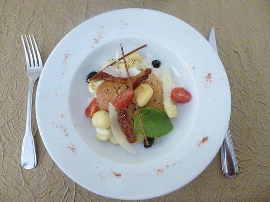 Tarte aux fruits photo de auberge de la table ronde - La table ronde vinon sur verdon ...