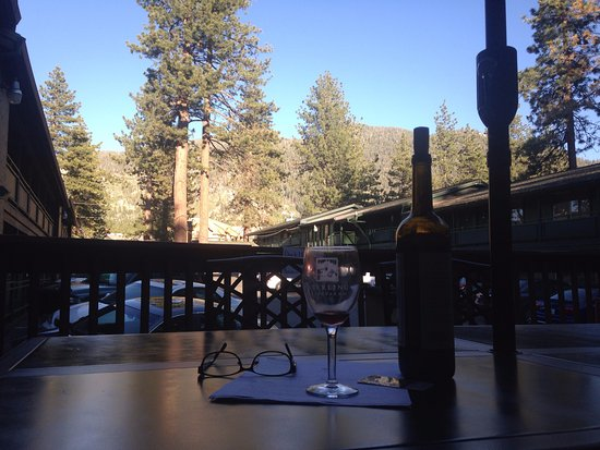 Big Pines Mountain House of Tahoe : The deck area is equipped with table/chairs, grill, and cooler.