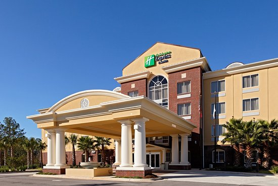 Holiday Inn Express Hotel & Suites Crestview : Holiday Inn Express and Suites Crestview, FL.