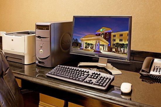 เครสต์วิว, ฟลอริด้า: Holiday Inn Express & Suites Crestview Business Center