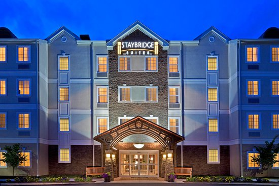 ‪‪Staybridge Suites Royersford-Valley Forge‬: Hotel Exterior at Night‬
