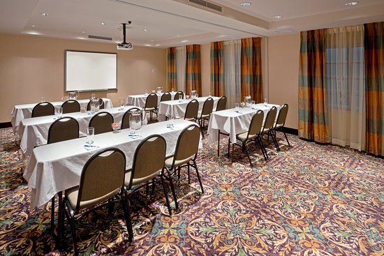 Staybridge Suites Royersford-Valley Forge: Meeting Room with Smart Board
