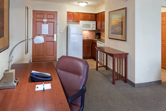 Royersford, PA: Studio Suite Kitchen