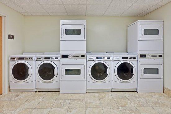 West Seneca, NY: Laundry Facility