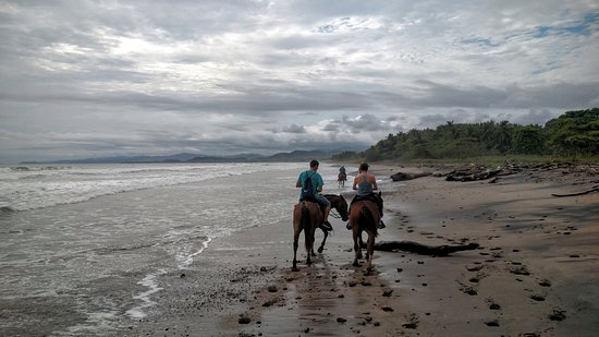 Florblanca Resort: Our horseback ride.