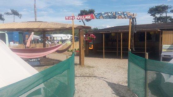 Feral Surf Tours: photo3.jpg