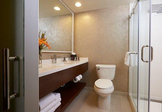 Hoffman Estates, Илинойс: Guest Bathroom