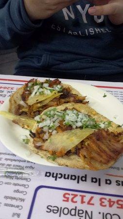 Los Parados: Tacos al Pastor