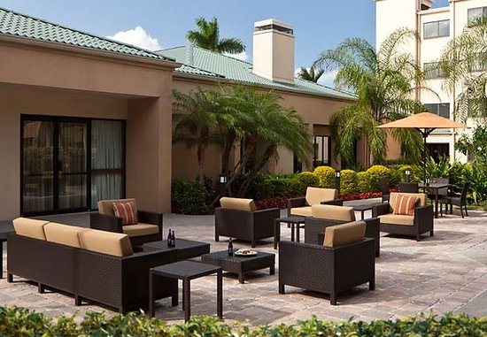 Doral, FL: Outdoor Patio
