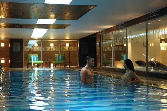 Indoor lap pool at Marriott\'s fitness center - Picture of Bogota ...