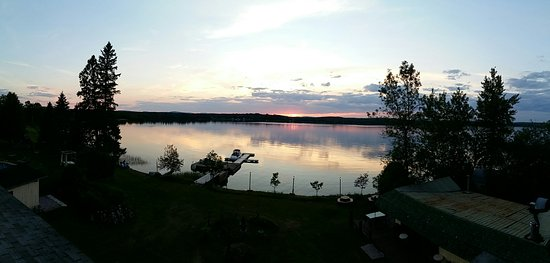 Lac Nominingue, Canada: 20160704_204936_large.jpg