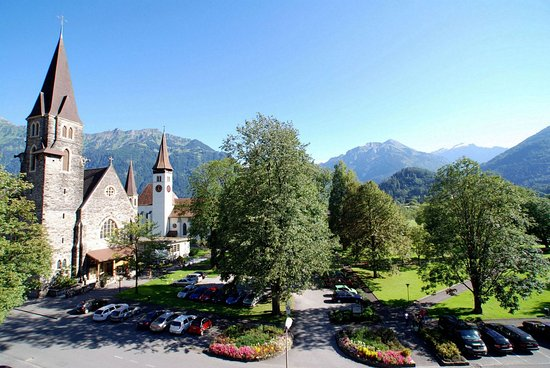 Hotel Interlaken: View from the south side of the hotel