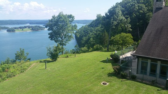 Burkesville, KY: Dale Hollow Lake; dining room