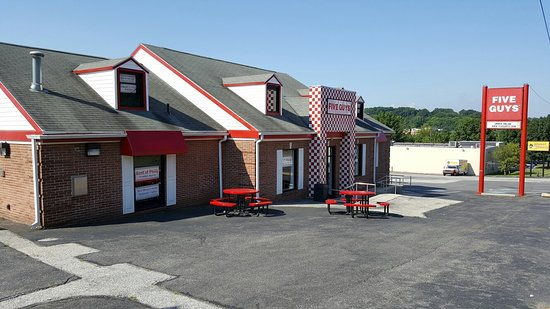 Clifton Heights, PA: Five Guys
