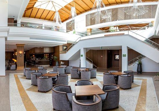 Hotel Quinta da Marinha Resort: Lobby area