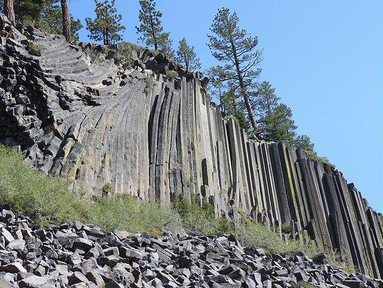 Devils Postpile National Monument: Postpile rubble