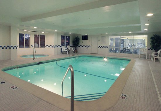 Jeffersonville, Ιντιάνα: Indoor Pool & Spa