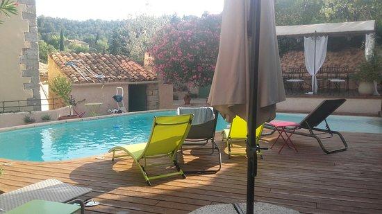 La Licorne Guest House: TA_IMG_20160721_185106_large.jpg