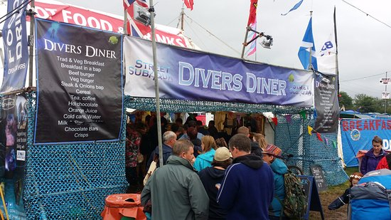 Pilton, UK: Big queues at the 2015 diner. Worth the wait!