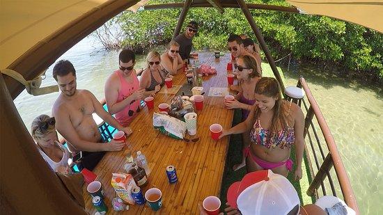 Jupiter, FL: Our open-air tiki bar!