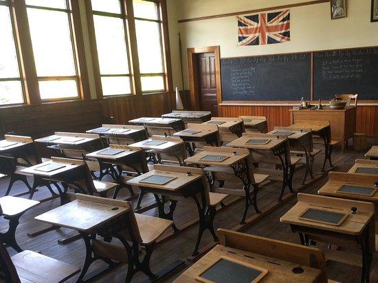 Salmon Arm, Kanada: School