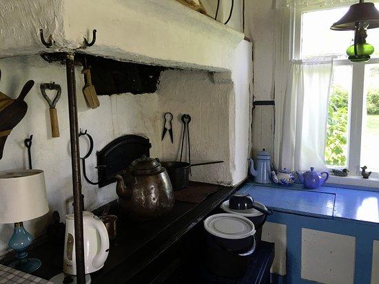Inio, Finlandia: The old farm kitchen - now a breakfast room