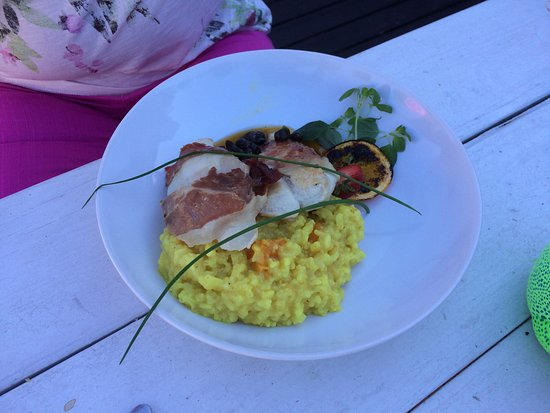 Viimsi, เอสโตเนีย: Roots Village Restaurant