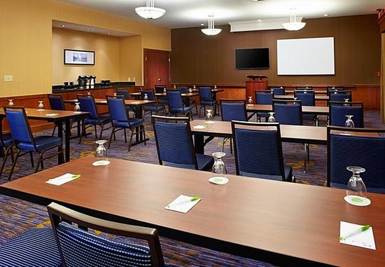 Greensburg, Pensilvania: Meeting Room - Classroom Setup