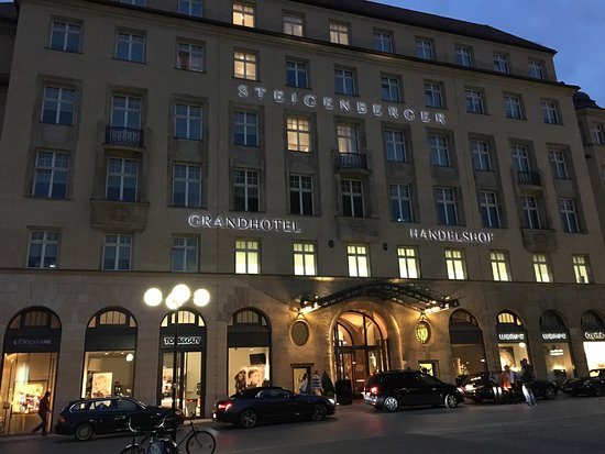 Steigenberger Grandhotel Handelshof: Nice hotel