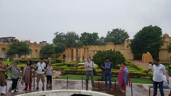 Jantar Mantar - Jaipur: 20160715_120643_large.jpg