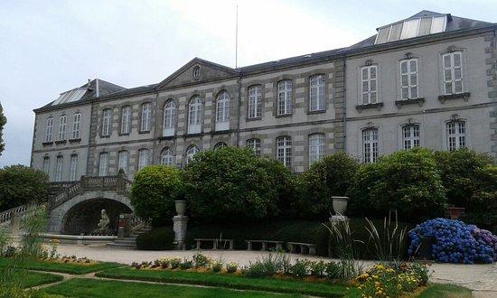 Le Musee D'art Et D'archeologie