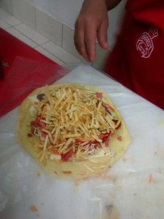 Sanguchon Campesino: Enchilada Mixta