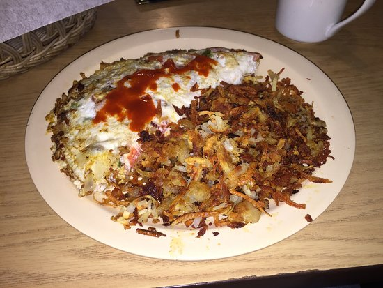 Webster Groves, MO: Boardwalk Omelette with extra crispy hash browns.