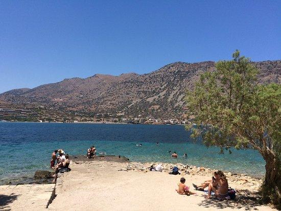 Elounda, اليونان: Spiaggia