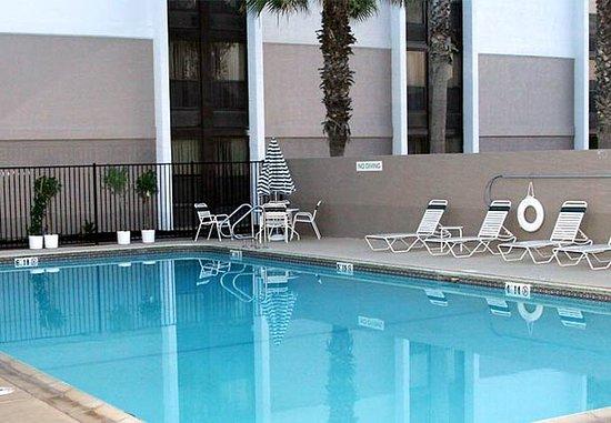 Vallejo, Californië: Outdoor Pool